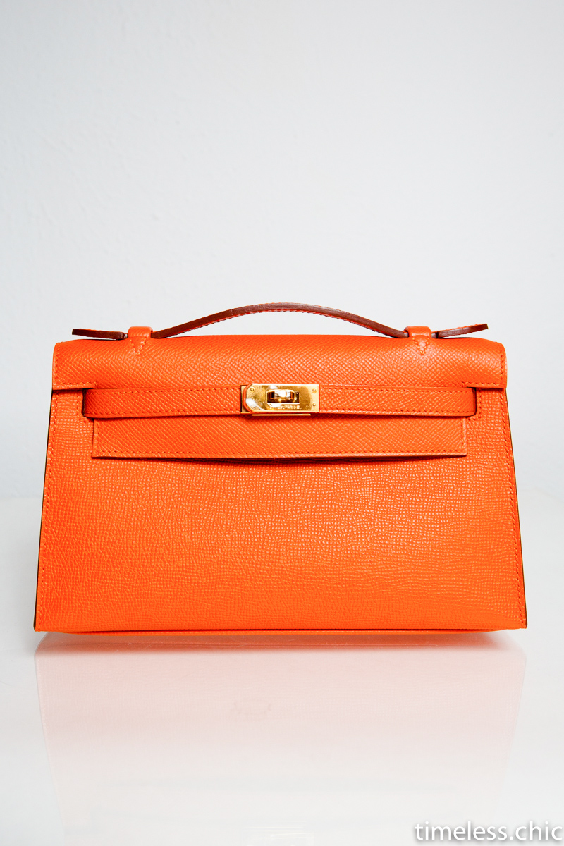kelly pochette orange epsom with gold hardware timeless chic. Black Bedroom Furniture Sets. Home Design Ideas